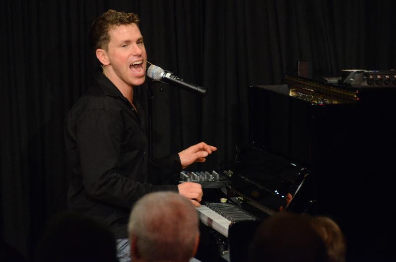 Ein Rock'n'Roller am Klavier: Nepo Fitz