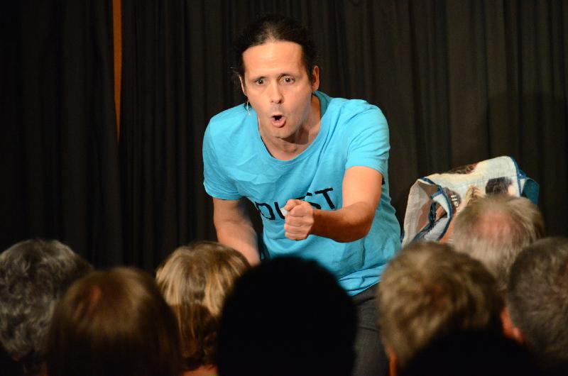 Kabarettistische Trink-Show: Philipp Weber begeisterte mit seinem neuen Programm