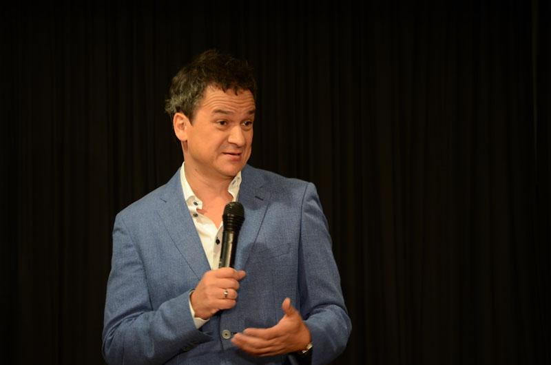 Rät von Scheidungen generell ab: der Kabarettist Stephan Bauer.