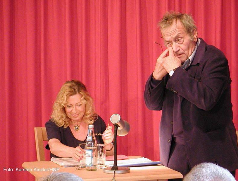 Ein Auge für Lacher und Literatur: Kurt Weinzierl und Veronika Faber trafen mit ihren hintersinnigen