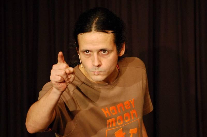 Fixes Kerlchen: Der physisch wie mental sehr bewegliche Kabarettist Philipp Weber war mit seinem