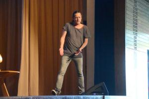 Philipp Weber in der Egauahlle beim Corona-Gastspiel